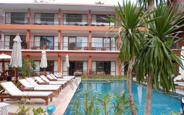 Отель Grand Thai House Resort вид на фасад