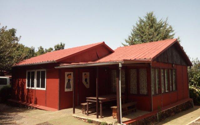 Campamento Quimpi Hostel Ла-Матанса-де-Асентехо вид на фасад
