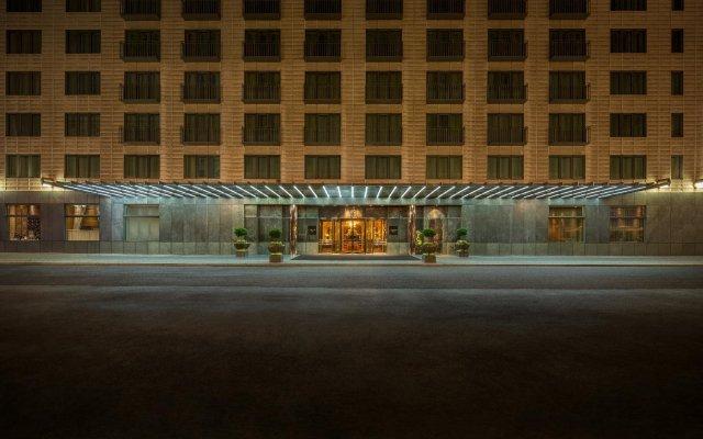 Отель Regent Berlin вид на фасад