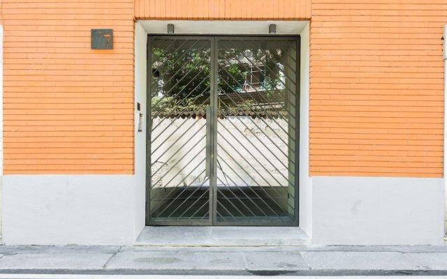 Home at Hotel Naviglio - Sambuco Apt вид на фасад