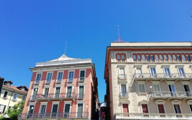 Отель San Gottardo Италия, Вербания - отзывы, цены и фото номеров - забронировать отель San Gottardo онлайн вид на фасад