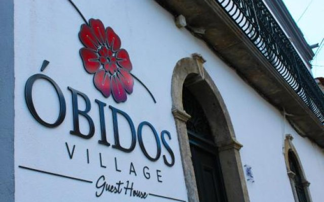 Отель Óbidos Village Guest House Обидуш вид на фасад