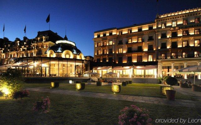 Отель Beau-Rivage Palace вид на фасад
