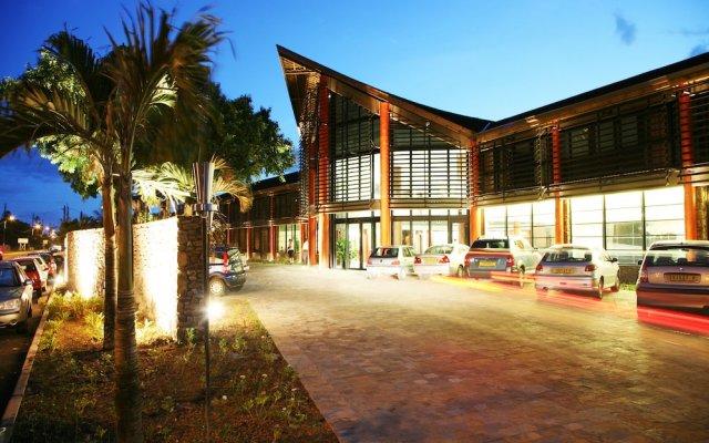 Отель Manava Suite Resort Tahiti вид на фасад