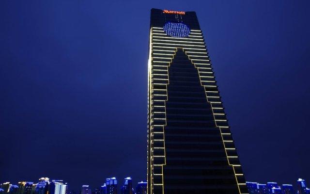 Suzhou Marriott Hotel вид на фасад