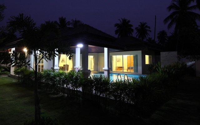 Отель Unique Paradise Resort Таиланд, Бангламунг - отзывы, цены и фото номеров - забронировать отель Unique Paradise Resort онлайн вид на фасад