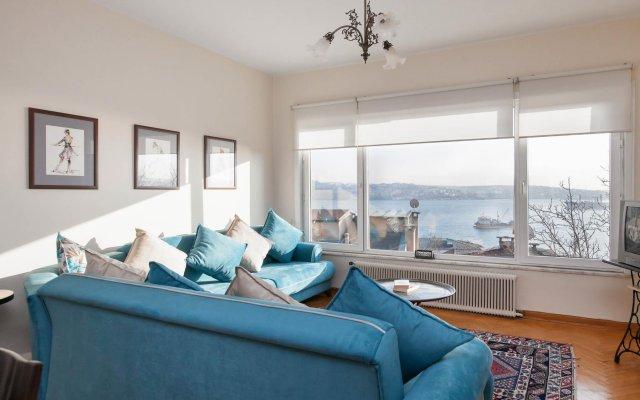 Апартаменты Tarus Bosphorus Apartments Besiktas комната для гостей