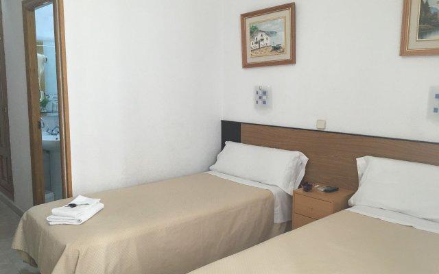 Отель Hostal Residencia Lido комната для гостей