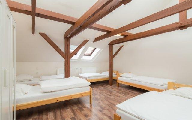 I'm Easy Housing Hostel Прага комната для гостей