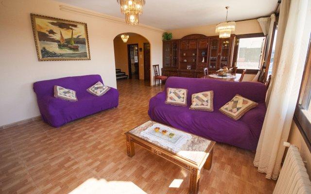 Отель Villa Carvajal Бланес комната для гостей