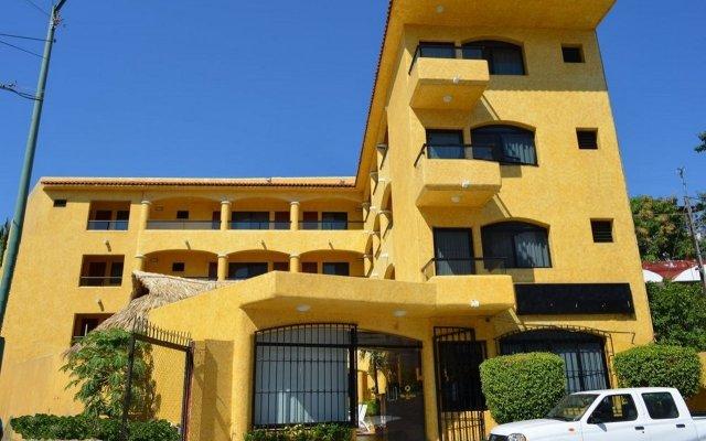 Отель Villas La Lupita вид на фасад