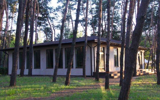 База Отдыха Лесная на Самаре вид на фасад