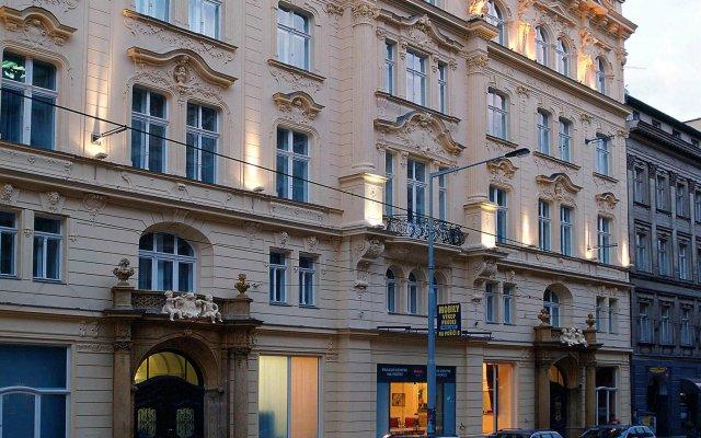 Отель Century Old Town Prague MGallery Collection Чехия, Прага - 5 отзывов об отеле, цены и фото номеров - забронировать отель Century Old Town Prague MGallery Collection онлайн вид на фасад
