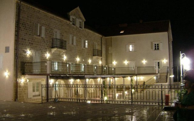 Отель Splendido Черногория, Доброта - отзывы, цены и фото номеров - забронировать отель Splendido онлайн вид на фасад