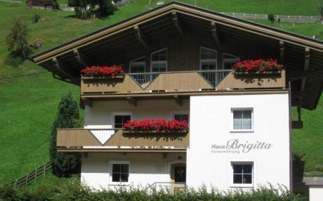 Отель Haus Brigitta вид на фасад