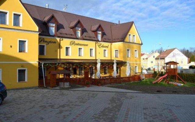 Отель Penzion Eduard Чехия, Франтишкови-Лазне - отзывы, цены и фото номеров - забронировать отель Penzion Eduard онлайн вид на фасад