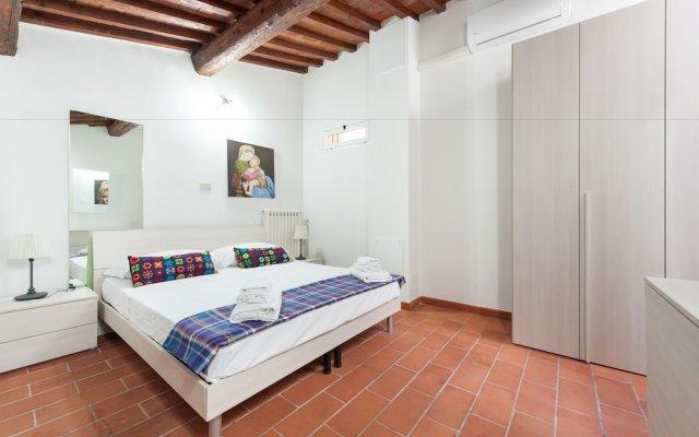 Апартаменты Short-let Florence Apartment Parione комната для гостей