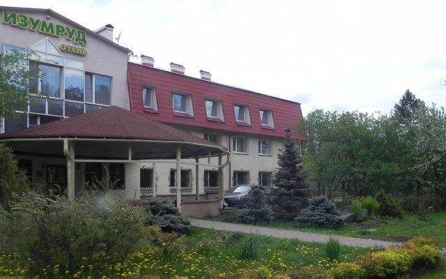Гостиница Изумруд вид на фасад