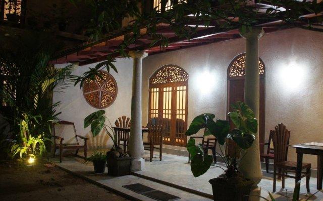 Отель Srimalis Residence Унаватуна вид на фасад