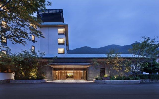 Kinugawa Kanaya Hotel Никко вид на фасад