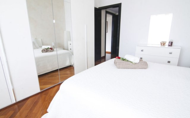 Отель Alessia's Flat - Tortona Милан комната для гостей
