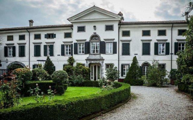 Отель Villa di Tissano Италия, Палаццоло-делло-Стелла - отзывы, цены и фото номеров - забронировать отель Villa di Tissano онлайн вид на фасад