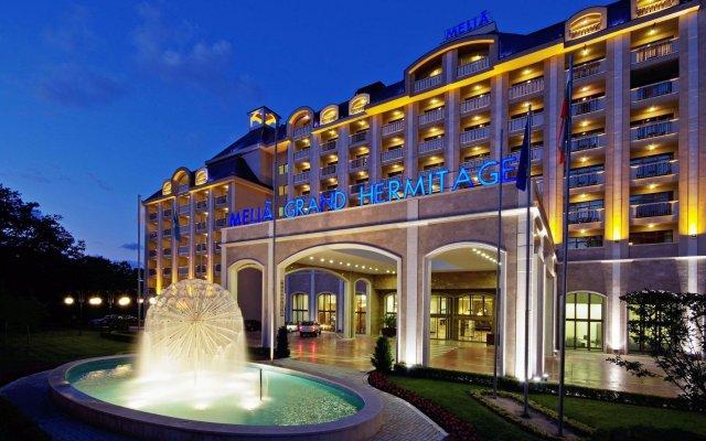 Отель Melia Grand Hermitage - All Inclusive Болгария, Золотые пески - отзывы, цены и фото номеров - забронировать отель Melia Grand Hermitage - All Inclusive онлайн вид на фасад