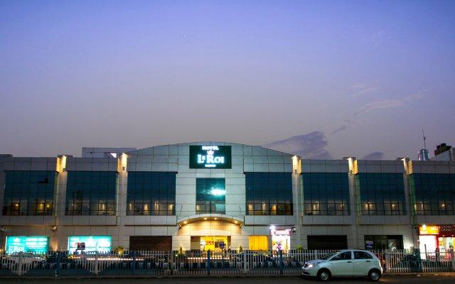 Отель Le ROI Raipur Индия, Райпур - отзывы, цены и фото номеров - забронировать отель Le ROI Raipur онлайн вид на фасад