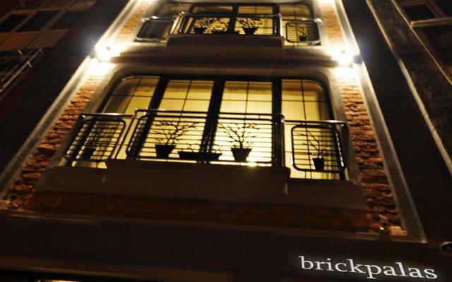 Отель Brickpalas Стамбул вид на фасад