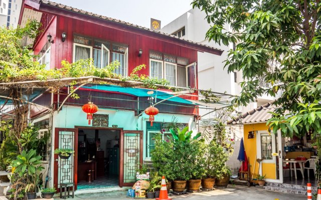Отель Phanthipha Residence вид на фасад