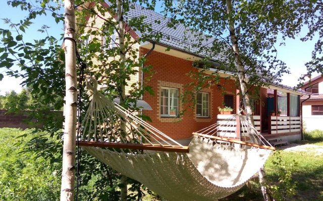 Гостиница Zvenigorod cottage Sadovaya вид на фасад