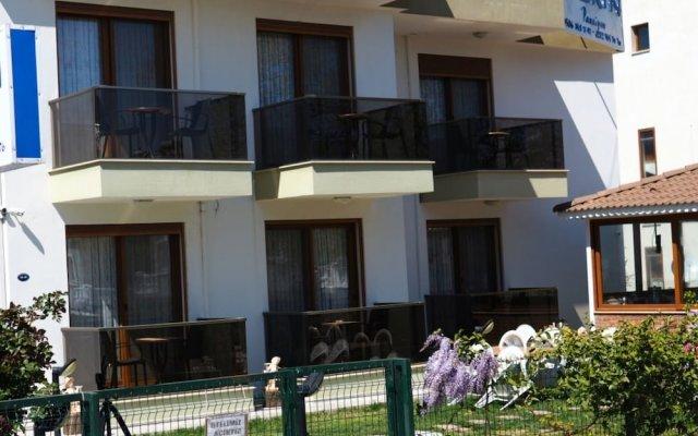 Отель Derin Butik Otel Сыгаджик вид на фасад