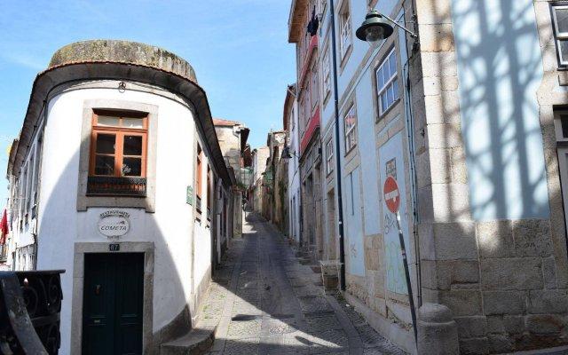Апартаменты Apartments Oporto Palace Порту вид на фасад