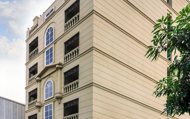 Отель L.A. Residence 49 вид на фасад