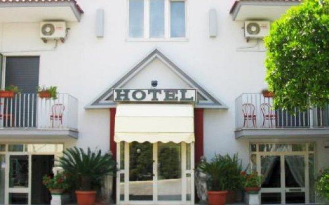 Отель Calypso Италия, Помпеи - отзывы, цены и фото номеров - забронировать отель Calypso онлайн вид на фасад