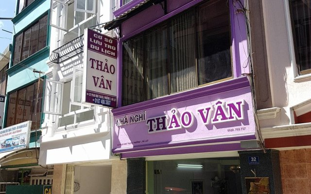 Отель Khách Sạn Thảo Vân Далат вид на фасад