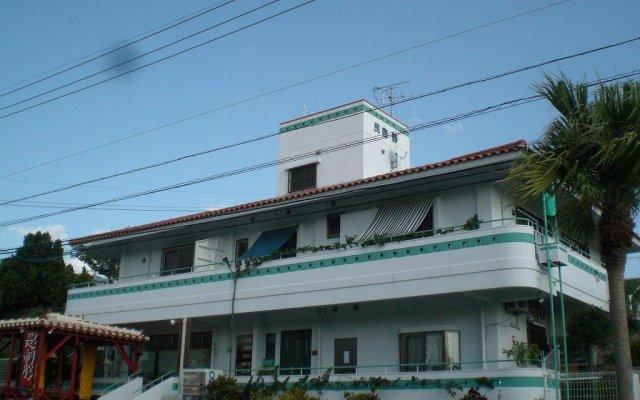 Отель Minshuku Shizu Центр Окинавы вид на фасад