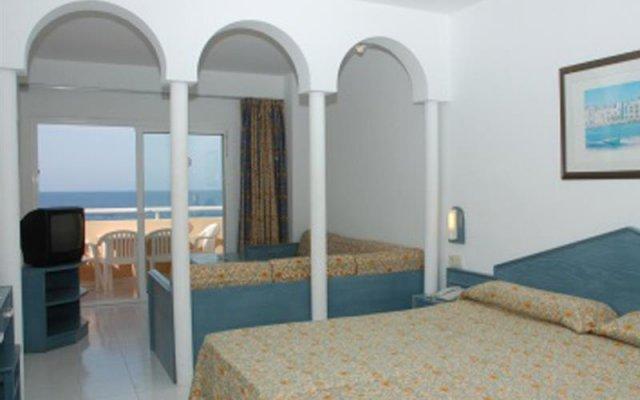 Отель Sirenis Seaview Country Club комната для гостей