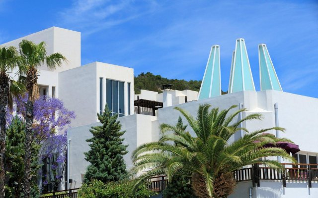 Kempinski Hotel Barbaros Bay вид на фасад