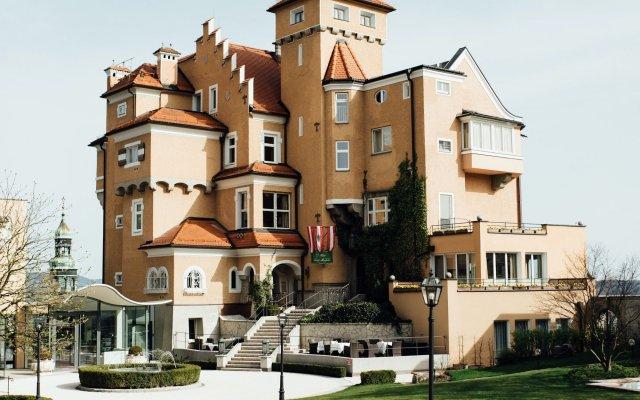 Отель Schloss Monchstein Зальцбург вид на фасад