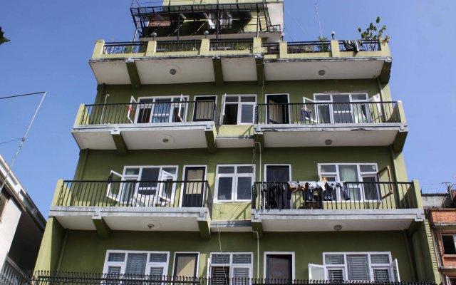 Отель Kathmandu Friendly Home Непал, Катманду - отзывы, цены и фото номеров - забронировать отель Kathmandu Friendly Home онлайн вид на фасад