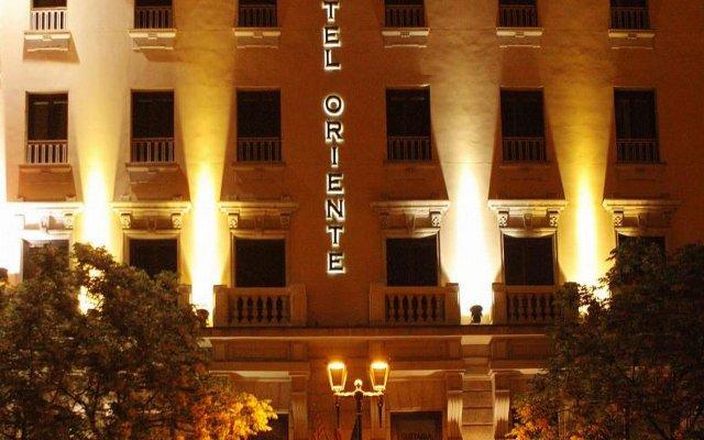 Hotel Oriente вид на фасад