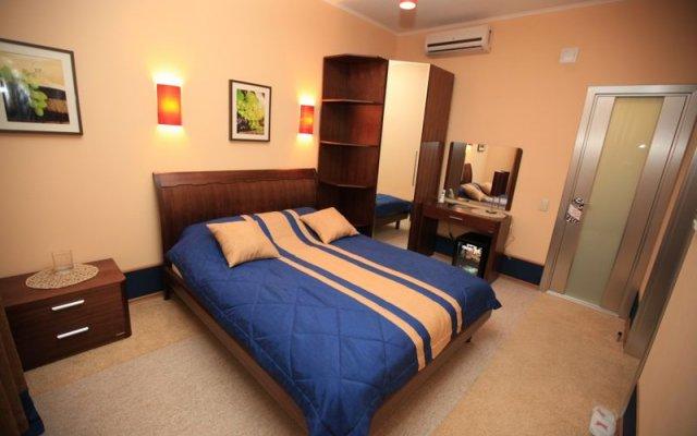 Гостиница Паддок в Кургане отзывы, цены и фото номеров - забронировать гостиницу Паддок онлайн Курган вид на фасад