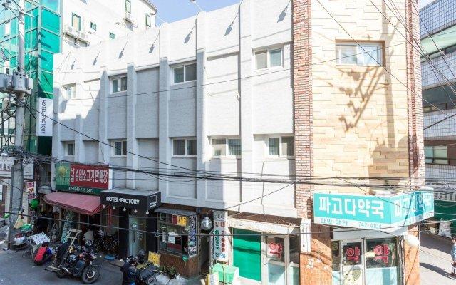 Отель Factory Южная Корея, Сеул - отзывы, цены и фото номеров - забронировать отель Factory онлайн вид на фасад