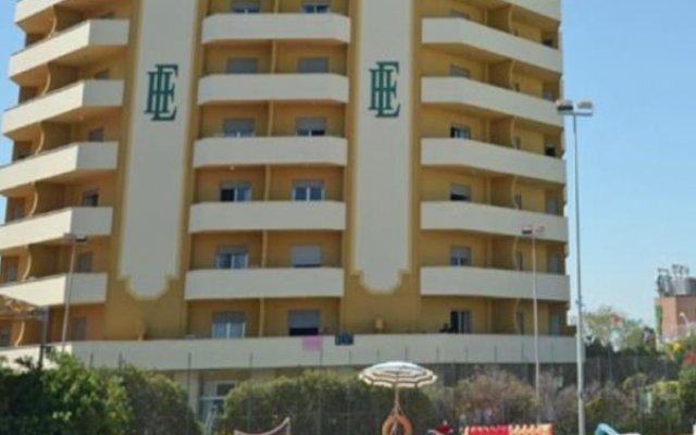 Отель Grand Eurhotel вид на фасад