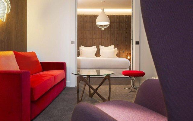 Отель Hôtel Dupond-Smith комната для гостей