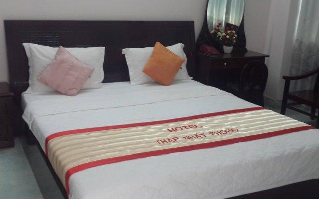 Thap Nhat Phong Hotel комната для гостей