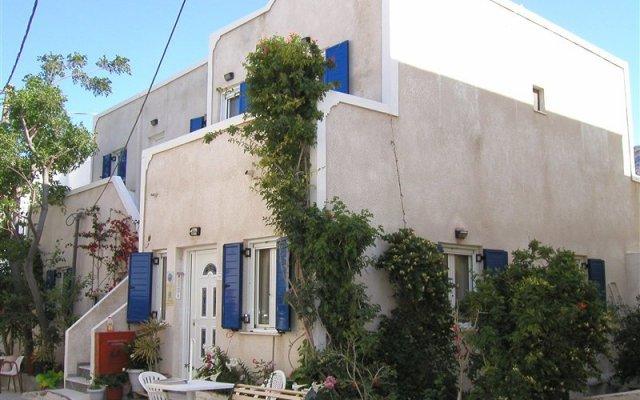 Makis Hotel вид на фасад