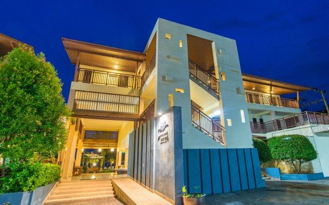 Отель Lanta Pura Beach Resort вид на фасад