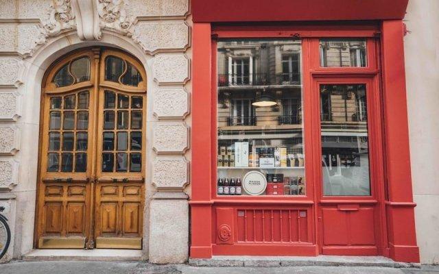Отель Paris Boutik - Suite L'Epicerie Bastille Gare de Lyon вид на фасад